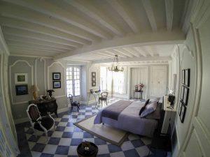 la-maison-d-aux-chambre-vestibule-wide1-la-romieu-chambres-hotes