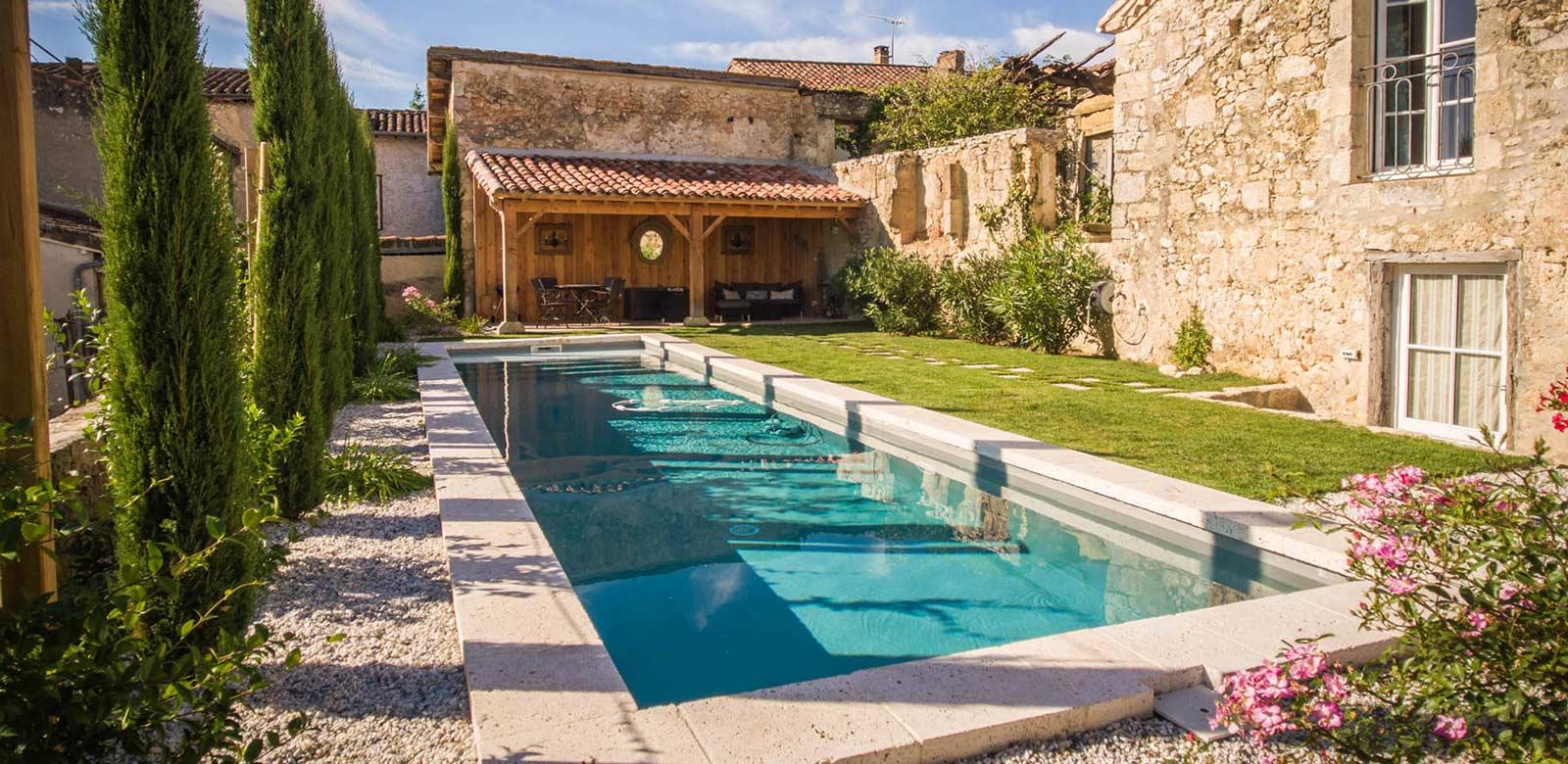la-maison-d-aux-piscine2-la-romieu-chambres-hotes